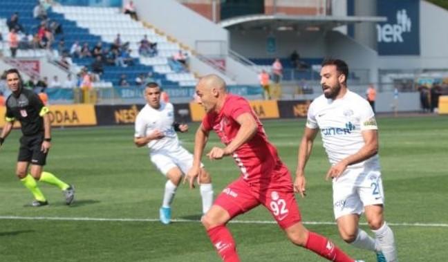 Kasımpaşa-Antalyaspor: 3 - 0