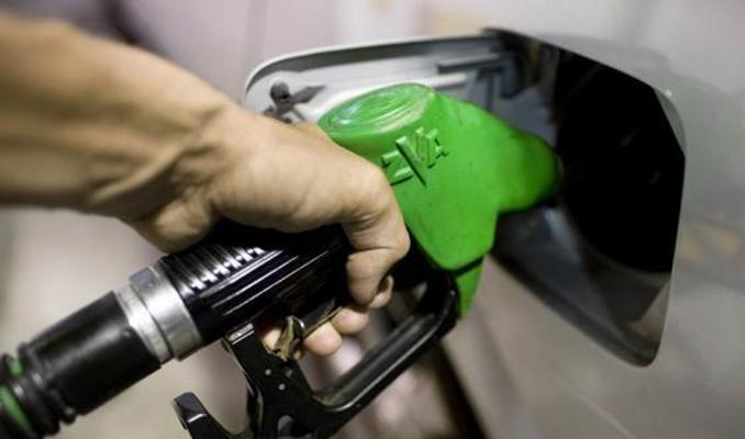 Benzin ve motorinde indirim bekleniyor