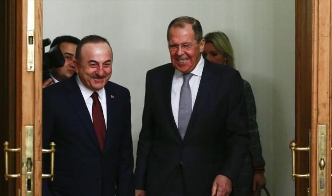 Lavrov ve Çavuşoğlu Suriye'deki çözüm sürecini görüştü