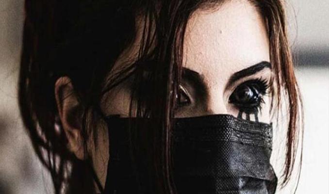 Gözünün içini siyaha boyattı! Sonrası korkunç...