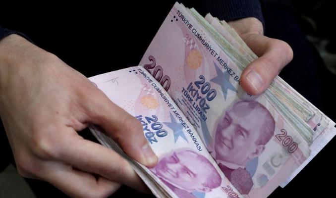 Türk Lirası'nda efektif değer kaybı sürüyor