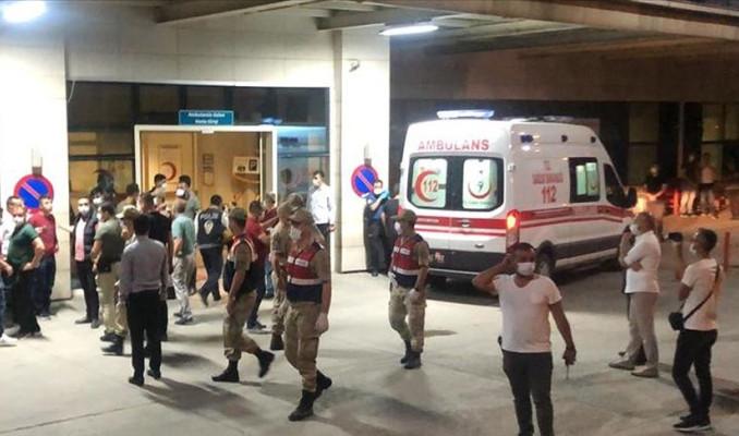 Siirt'te zırhlı araç devrildi: 8 asker yaralı