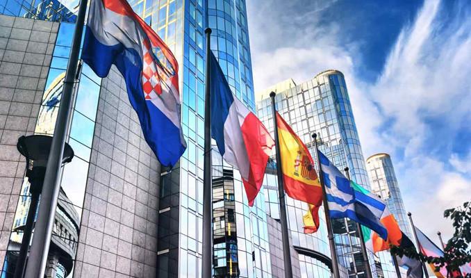 Avrupa'da yüzde 2.2 büyüme bekleniyor