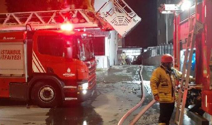 Beylikdüzü'nde tekstil fabrikasında yangın