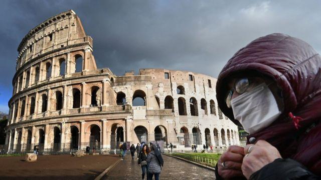 İtalya'da Kovid-19 kaynaklı can kayıpları artmaya devam ediyor