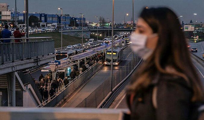Türkiye'de son 24 saatte 8 bin 424 yeni vaka tespit edildi