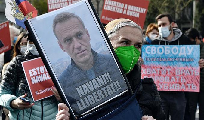 Rusya'ya Navalny tepkisi büyüyor