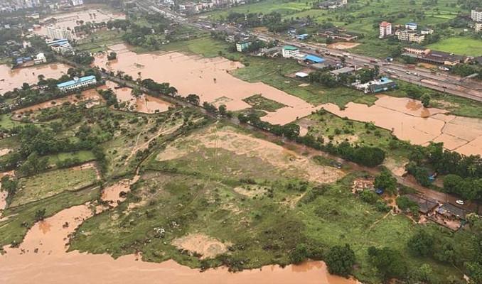 Hindistan'da son 40 yılın en şiddetli yağışları