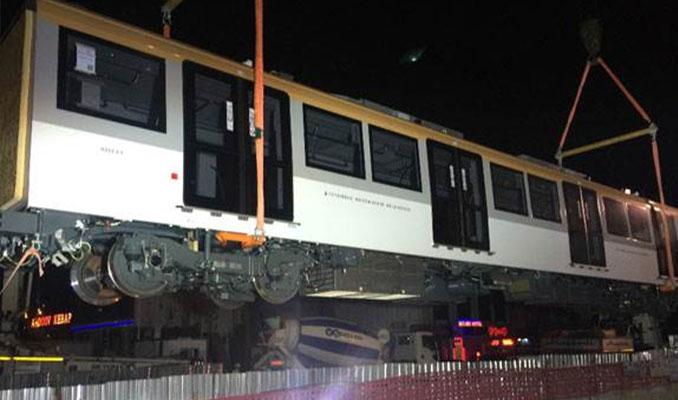 Sürücüsüz metro raylarda