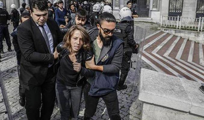 İstanbul Üniversitesi'nde gerginlik! 67 gözaltı