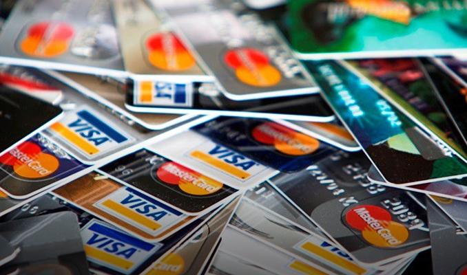 Kredi kartında yasal takibe düşen kişi sayısı azaldı