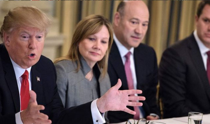 Ünlü CEO'lar Trump'ı terk ediyor