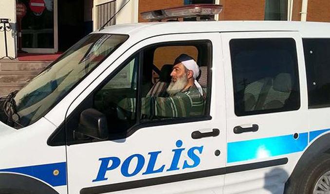 Sarıklı, sakallı polis açığa alındı