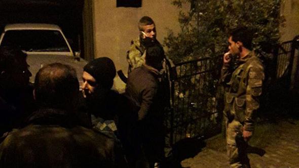Silahlı grup iddiası polisi alarma geçirdi
