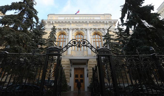 Rusya Merkez Bankası kredi verilmesini zorlaştıracak