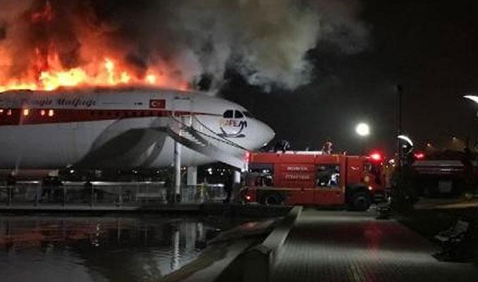 Konya'da restoran uçağı alevler sardı