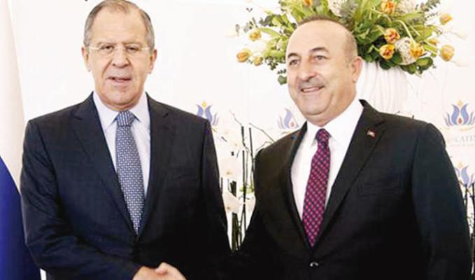 Lavrov ve Çavuşoğlu, Bakü'de bir araya geldi