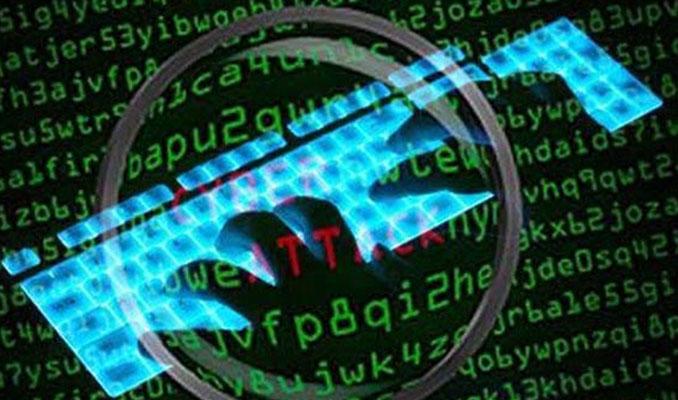 İran, ülkedeki öfkeli kitleleri siber saldırılarla kontrol altına alıyor