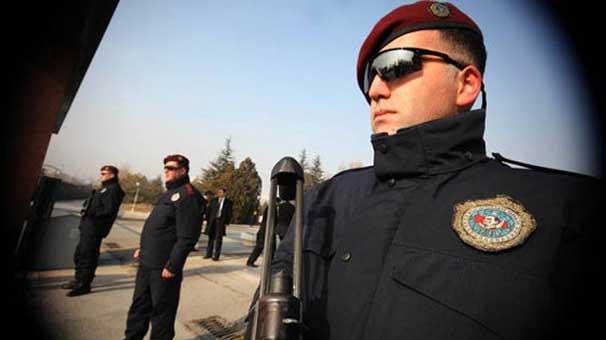 ABD Büyükelçiliği'ne saldırıacaklardı, yakalandılar