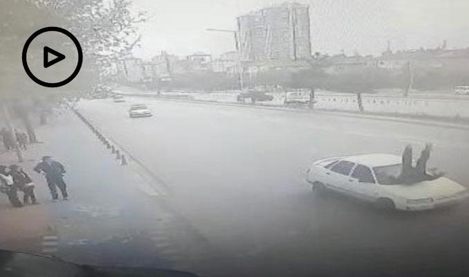 Vali'ye selam veren polise otomobil çarptı