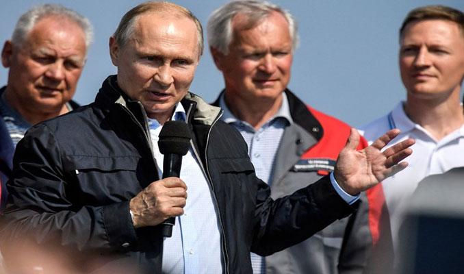 Putin Kerç Köprüsü'nün açılışını yaptı