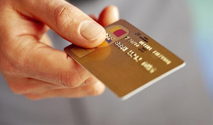Kredi kartından yasal takibe alınan kişi sayısı azaldı