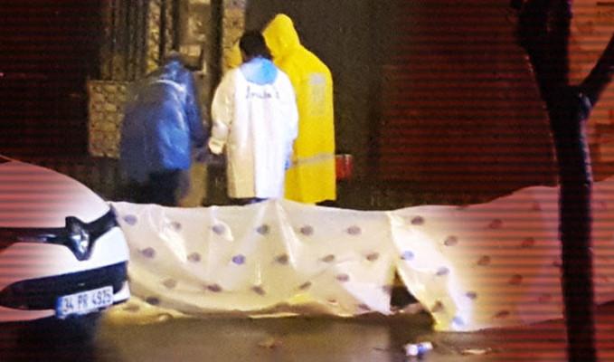 Zeytinburnu'nda korkunç olay! Boğazı kesilerek öldürüldü