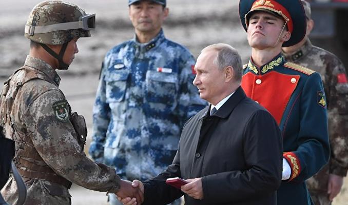 Putin tatbikatta! Rusya'dan gövde gösterisi