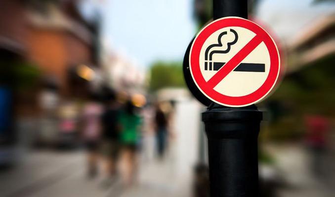 Malezya'da restoran ve kafelerde sigara yasaklandı!