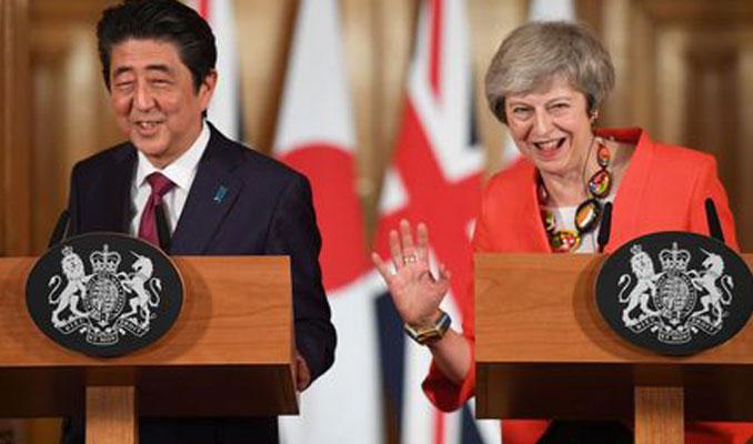 Japonya Başbakanı'ndan İngiltere ve AB'ye Brexit uyarısı