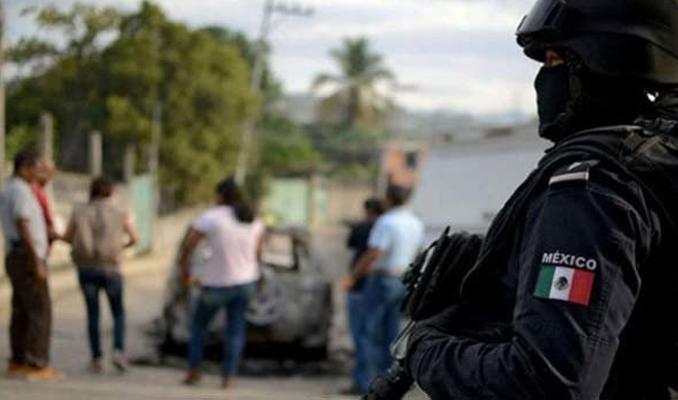 Meksika'da çete üyeleri askerlerle çatıştı! 6 ölü