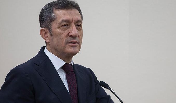 Milli Eğitim Bakanı Selçuk: Hayallerinizi sınırlamayın