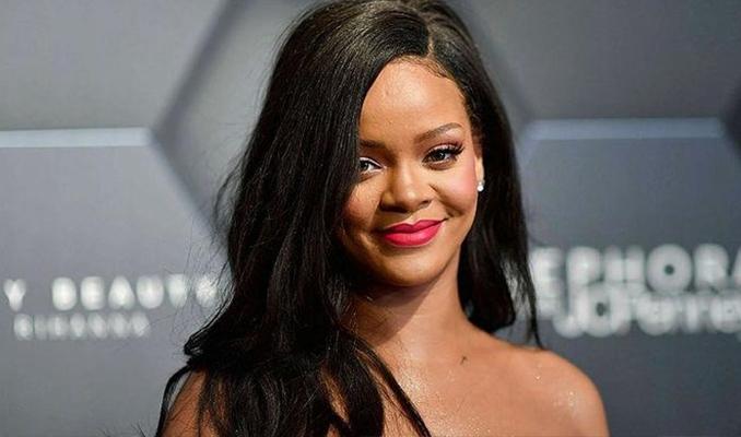 Rihanna'dan Donald Trump'a sert eleştiri