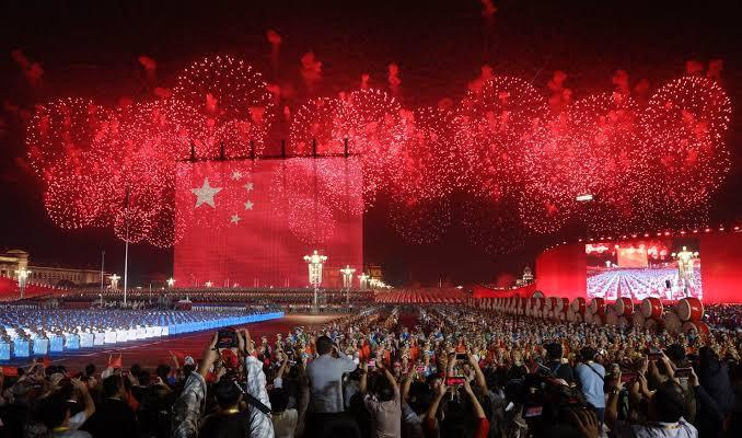 Çinliler 'Ulusal Gün' tatilinde 212.6 milyar dolar harcadı