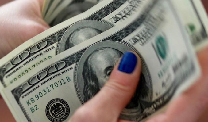 Dolar kuru 5.69'u gördü