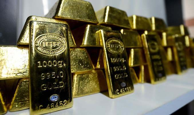 Altın Fed tutanakları öncesi ticaret endişeleri ile yükseldi
