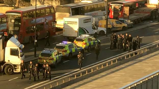 Londra Köprüsünde silah sesleri: Bir terörist öldürüldü