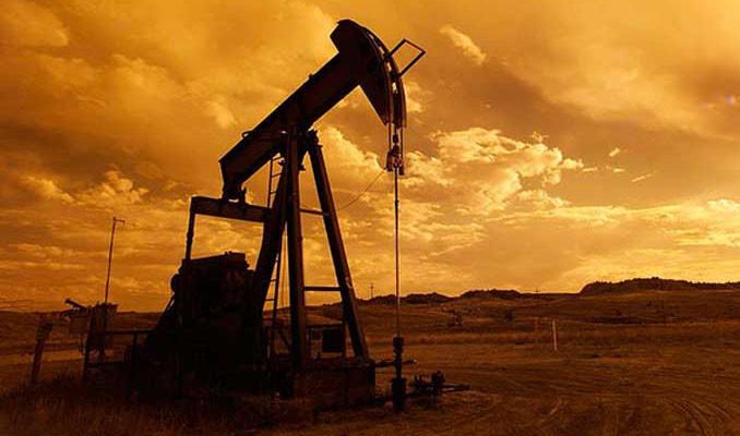 Petrol ABD-Çin anlaşmazlığına ilişkin beklentilerle kayıplarını korudu