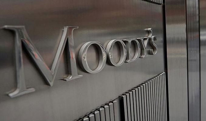 Moody's Hindistan'ın görünümünü negatife düşürdü