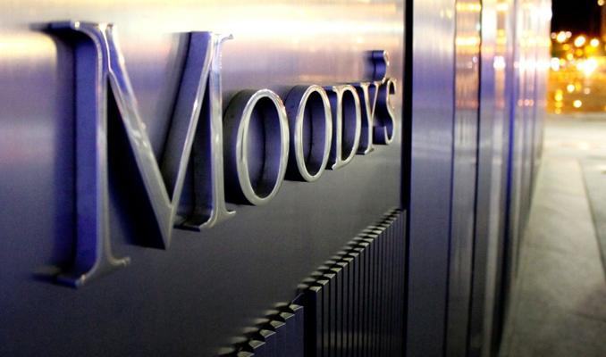 Moody's İngiltere'nin not görünümünü negatife çevirdi