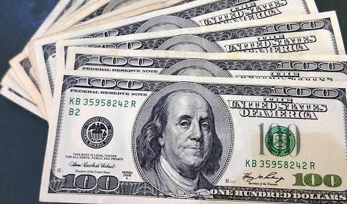 Dolar yeniden 5.80'in altına sarktı