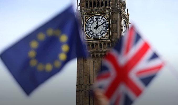 Brexit'e rağmen İngiltere'de enflasyon 2 yılın dibinde