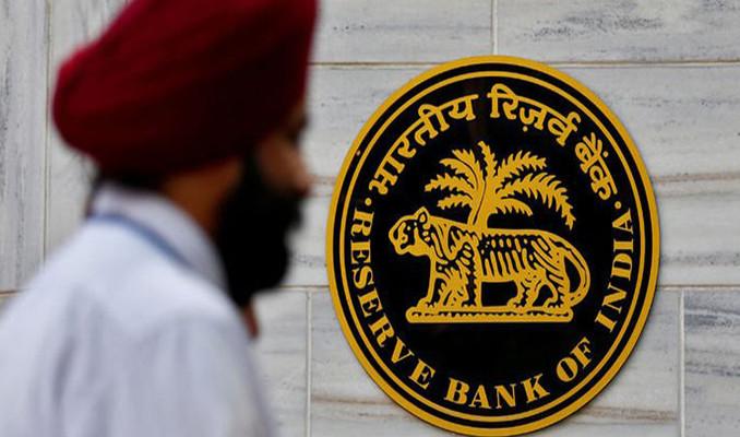 Hindistan Merkez Bankası politika faizini indirdi