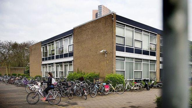Hollanda'da 'sigara polisi' gündemde