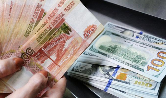 Rubleden dolar karşısında sürpriz atak