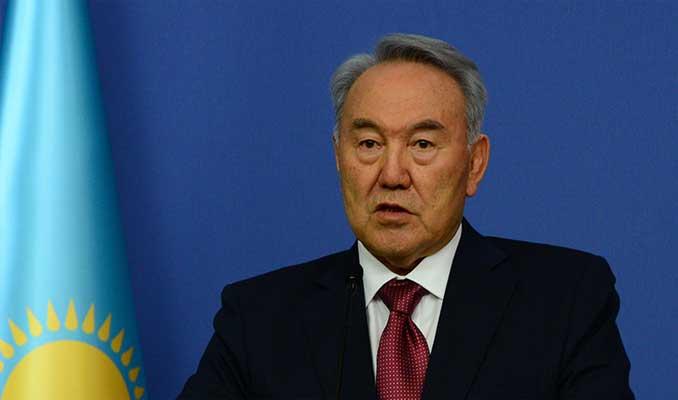 Kazakistan Cumhurbaşkanı Nazarbayev görevini bıraktı