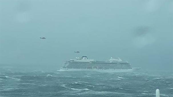 1300 kişiyi taşıyan gemi kırmızı alarm verdi