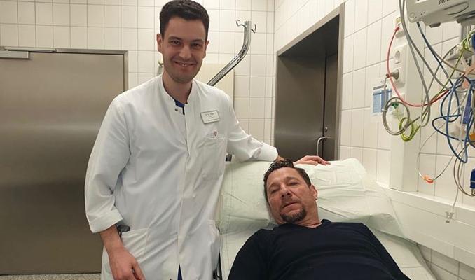 Türk doktor Bayer Leverkusen'in antrenörünü ölümden kurtardı