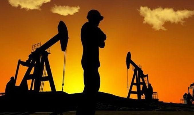 Petrol Mart başından bu yana ilk haftalık kaybına yöneldi