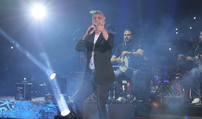 Özcan Deniz İsrail'de konser verdi